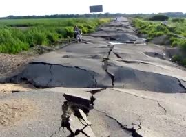 Flood Totally Destroys Russian Road - Video