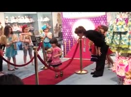 Fashion Doll Clothes - Video