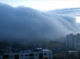 city ​​in Bulgaria sank in fog - Video