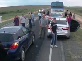 Bus Stops to Help with Accident, Leads to Accident - Video