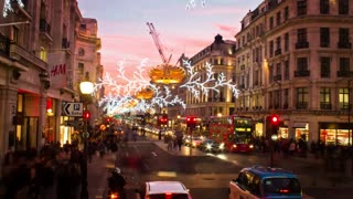 Holiday Decoration Time-Lapse In London! - Video