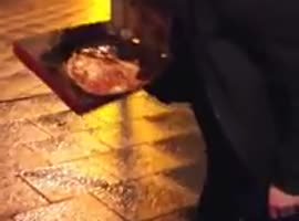 DRUNK MAN GOT PIZZA - Video
