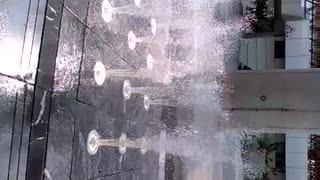 FOUNTAIN  WITH  MANY  HUES - Video