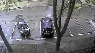 Ridiculous Parking Attempt - Video
