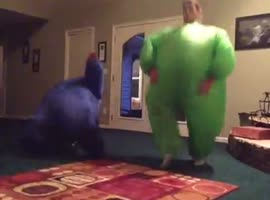 How fat people dance - Video