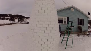 Ever Build a Snow Fort This Impressive? - Video
