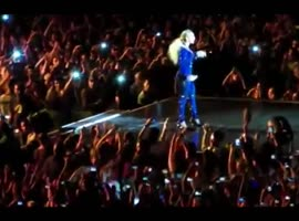 Beyonce Nearly Pulled Off Stage in Brazil by Crazed Fan