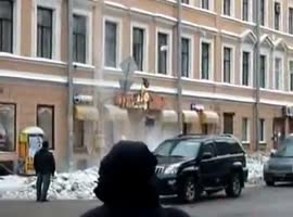 Removing Icicles Gone Wrong - Video