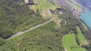 Insane Wingsuit Flight Through Dangerous Trench - Video