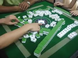 game which rearranges itself - Video
