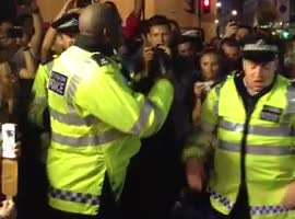Notting Hill Carnival Police Dance-Off
