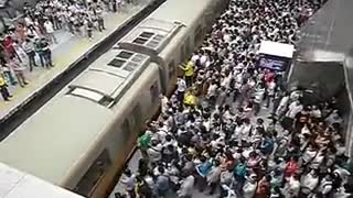 Beijing Subway Morning Rush Hour - Shocking - Video