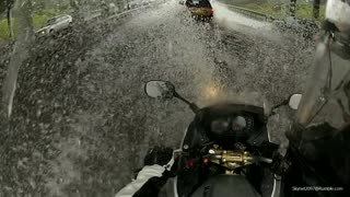 Kawasaki ER6 motorcycle in a flood - Video