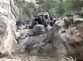 Insane off-road driving - Video