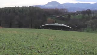 UFO With Aliens Takes Off From Field? - Video