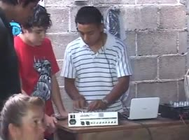 Fake DJ on the teen's party - Video