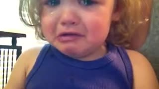 Baby cries a song! - Video