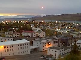 Weird Super Bright Light Falls Over Iceland - Video