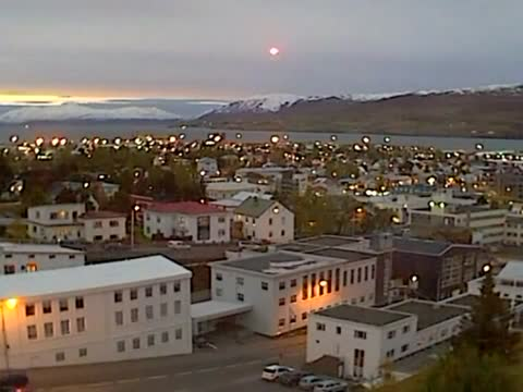 Weird Super Bright Light Falls Over Iceland