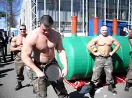 strong Russian guys show skills