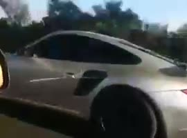 Aircooling Lada razmazva Porsche 911 Turbo - Video