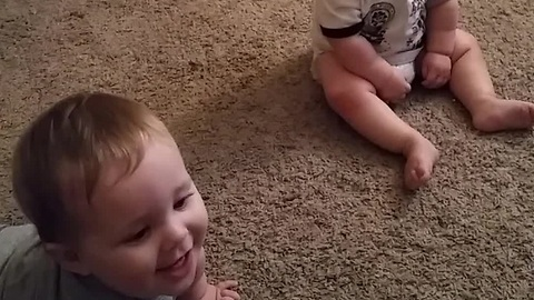 Twin Babies Think Bubble Wrap Is Hilarious