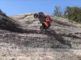 -crazy cliff climbing close call disaster-