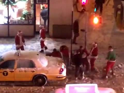 Drunken Santas Fight On NYC Sidewalk