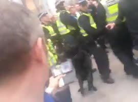 Police dog attacks police officer - Video