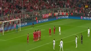 Monster vs Neuer - Video