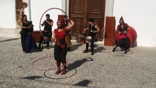 Street Artist Dancing With 5 Bows - Video
