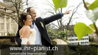 A wedding music pianist can make the wedding really special - Video