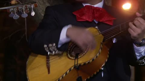 Knights Bring Latin American Christmas Celebration to New Haven Green